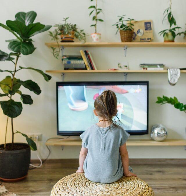 Warum es wichtig ist, ein Auge auf die Bildschirmzeit deines Kindes zu haben